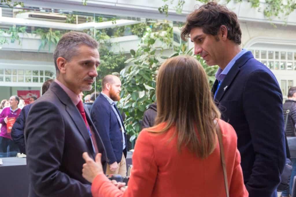 Alvaro Pimentel, de AISLA, y Lorena Amuedo y Fernando Herrera, de FORMULACIONES